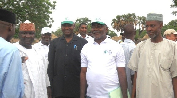 Fed.Govt. & W.Bank team in one of the community cattle